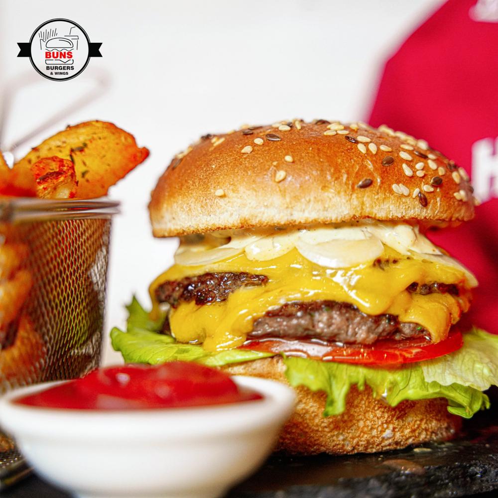 Buns Burger & Wings Bucuresti cover image