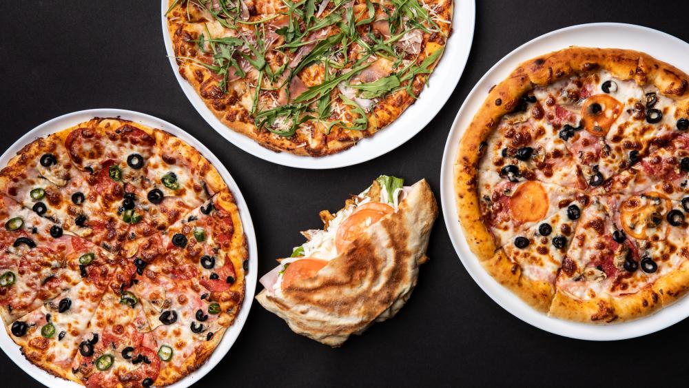 Pizza Ini cover