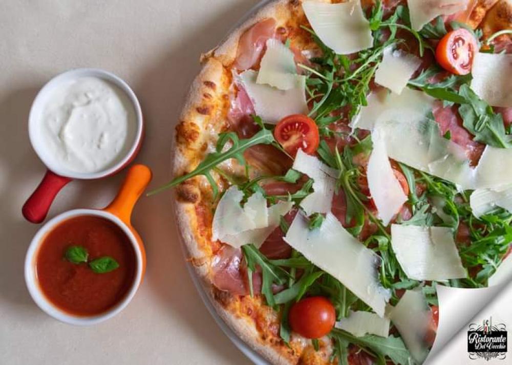 Pizzeria Restaurant delVecchio cover image
