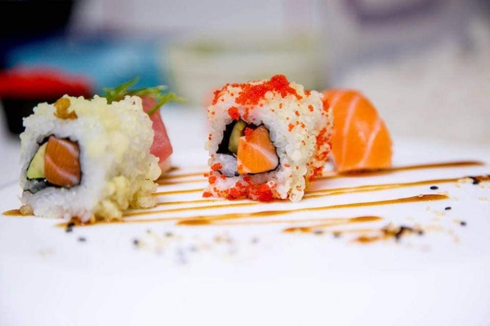 Sushi House Tunari cover