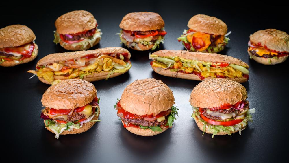 Royal Burger cover