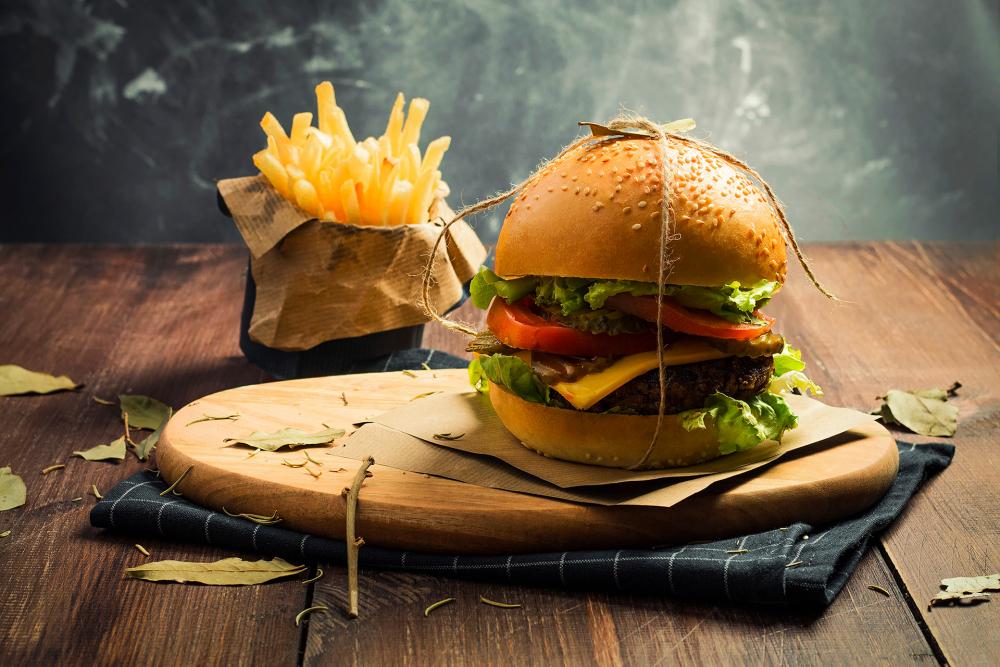 Happy Burgers&Salad cover