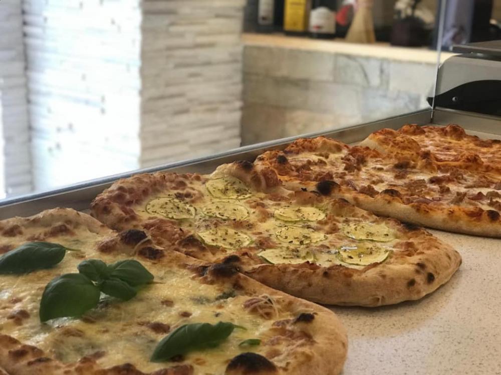 Pizzeria Margherita  cover image
