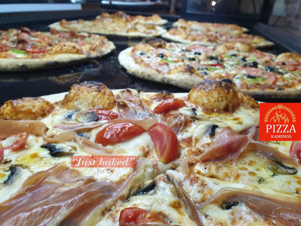 Pizza Kaminos cover