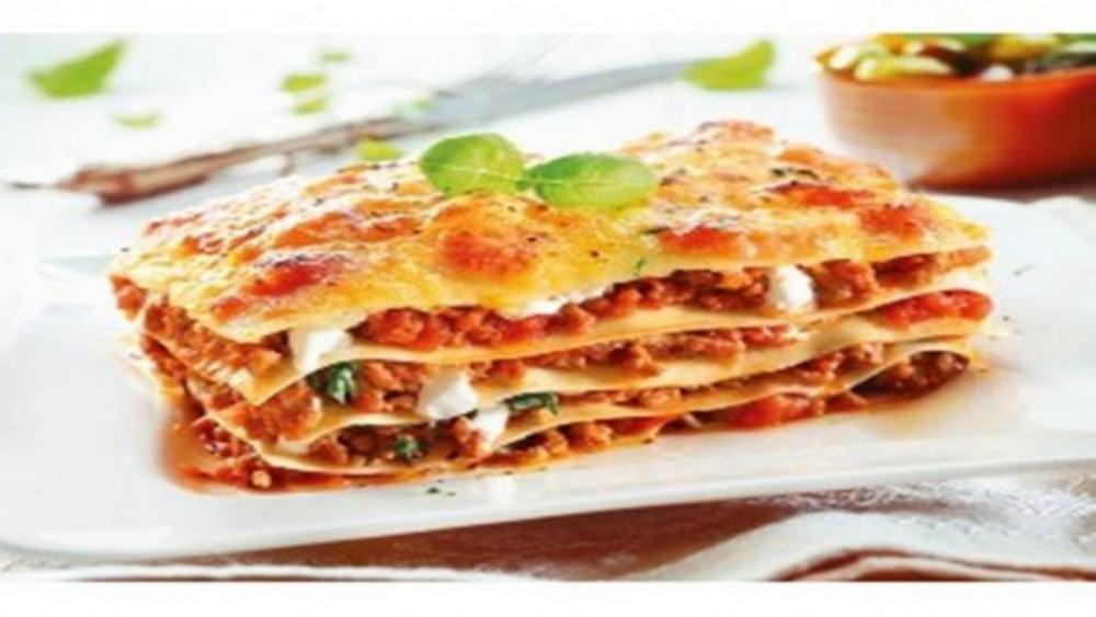 Restaurant La Famiglia cover image