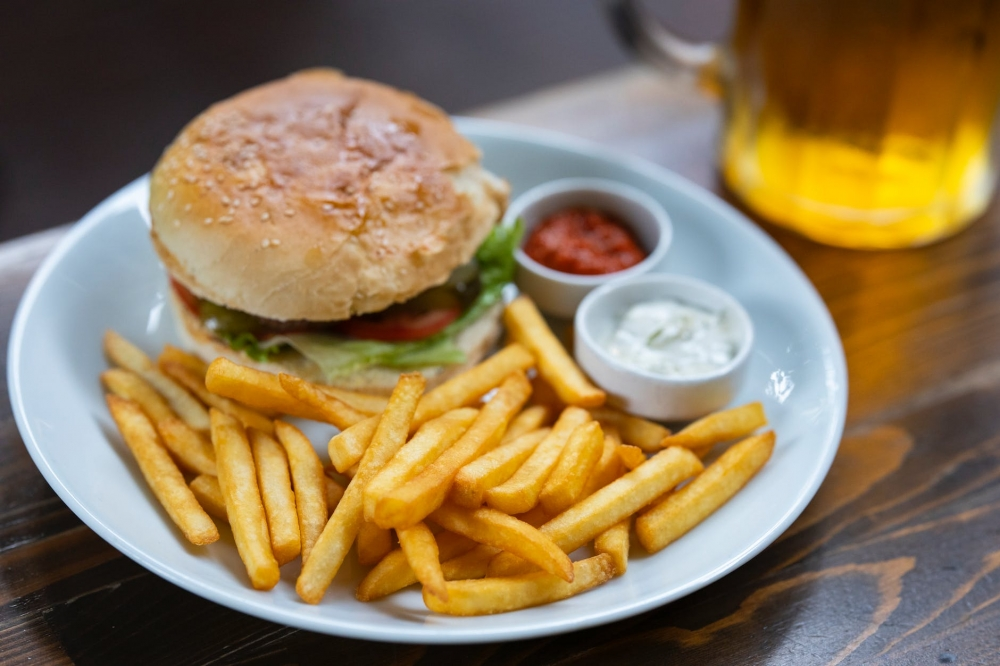 Tot Burger cover image