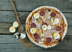 Pizza Țărăneasca Medie