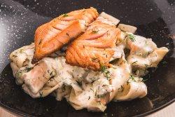 Pappardelle al salmone
