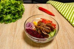 Salată Jabbar cu vițel și curcan