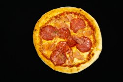 Pizza Canibale