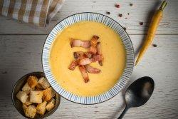 Supă cremă de linte cu pancetta image