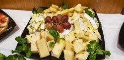 Platou brânzeturi maturate image
