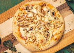 Pizza Pollo and Funghi image