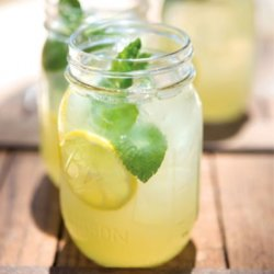 Lemonade / Limonadă