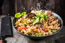 Noodle cu legume  image