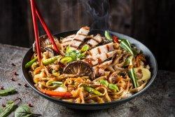 Noodle de porc cu legume  image