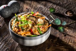Orez prăjit cu legume  image