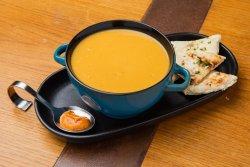 Cremă de linte cu curry