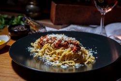 Pasta alla bolognese image