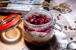 Cheesecake in a jar image