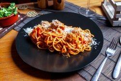 Spaghetti and meatballs image