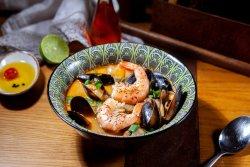 Supă cu pește și fructe de mare Tum Yum image