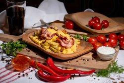 Cartofi prăjiţi cu bacon
