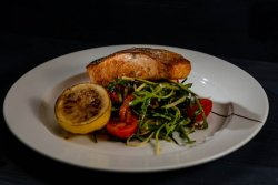 Salmon fillet with zucchini 180g/150g image