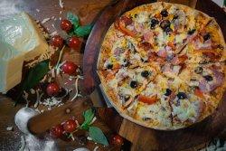 Pizza Royal image