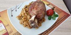 Ciolan de porc cu varză/fasole