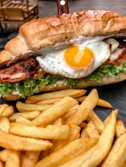 Sandwich chicken club image
