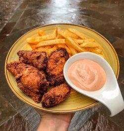 30% Reducere Crispy Beast Chicken image