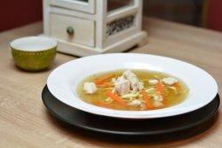 Supă de pui cu tăiței