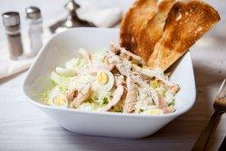 Salată Caesar Classic