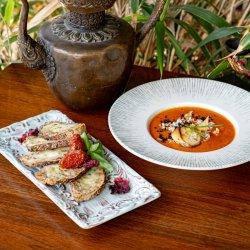 Supă de roșii și crutoane cu mozzarella image