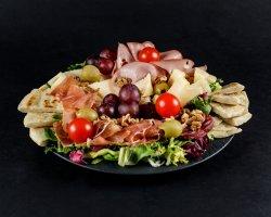 Platou mezeluri și brânzeturi italienești 4 persoane image