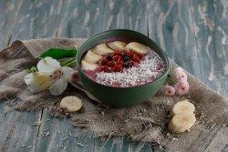 Smoothie bowl banane  & căpșuni image
