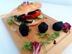 Smoked Burger cu Black Cheese image