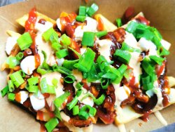 50% Reducere: BBQ Chicken Loaded image