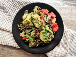 Grill de legume cu dressing aromat image