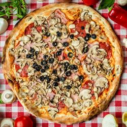 18. Pizza Capriciosa mică