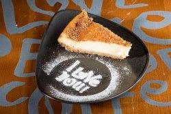 Crème brûlée cheesecake image
