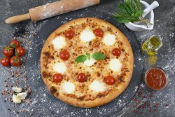 Pizza Margherita 1+1 image
