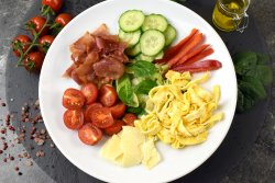 Salata Breakfast image