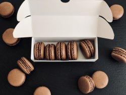 Macarons de ciocolată