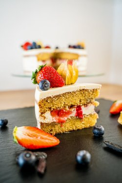 Tonka & Fruits Cake  image