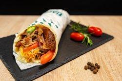 Kebab de vițel si curcan la lipie image