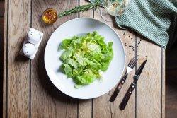 Salată verde cu ceapă  image