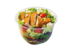 Caesar cu piept de pui în înveliș crocant - include 1 sos salată