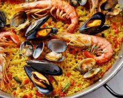 Paella cu fructe de mare pentru 2 persoane image